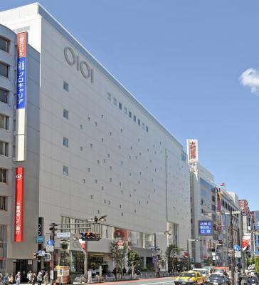 新宿マルイ本館外観